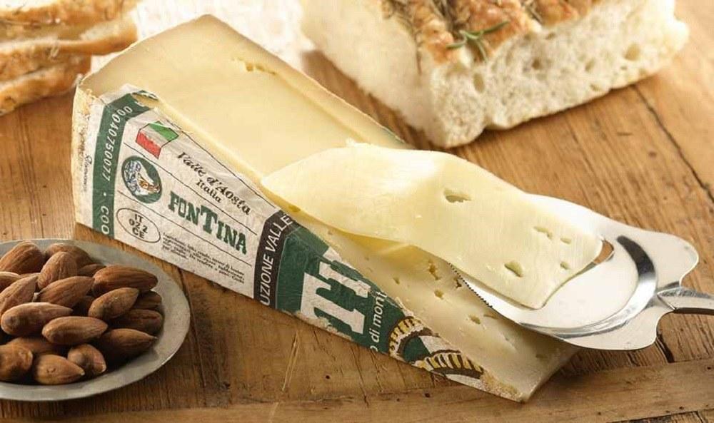 Фонтина – сыр полу-мягкий из молока коров