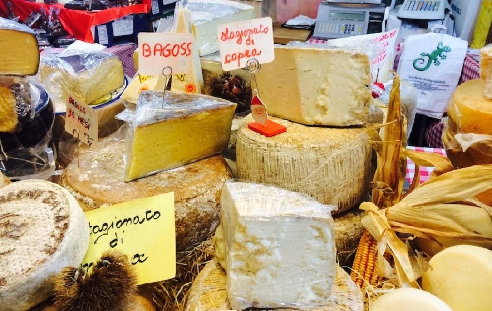 Купить сыр в Италии