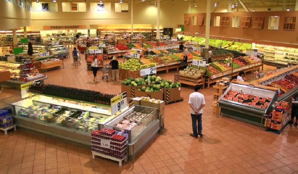 Магазин продуктов в Испании