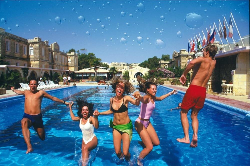 Поехать в июле в Турцию