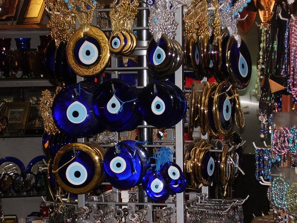 Синие амулеты Турция