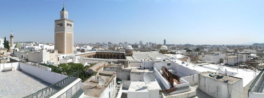 Тунис город