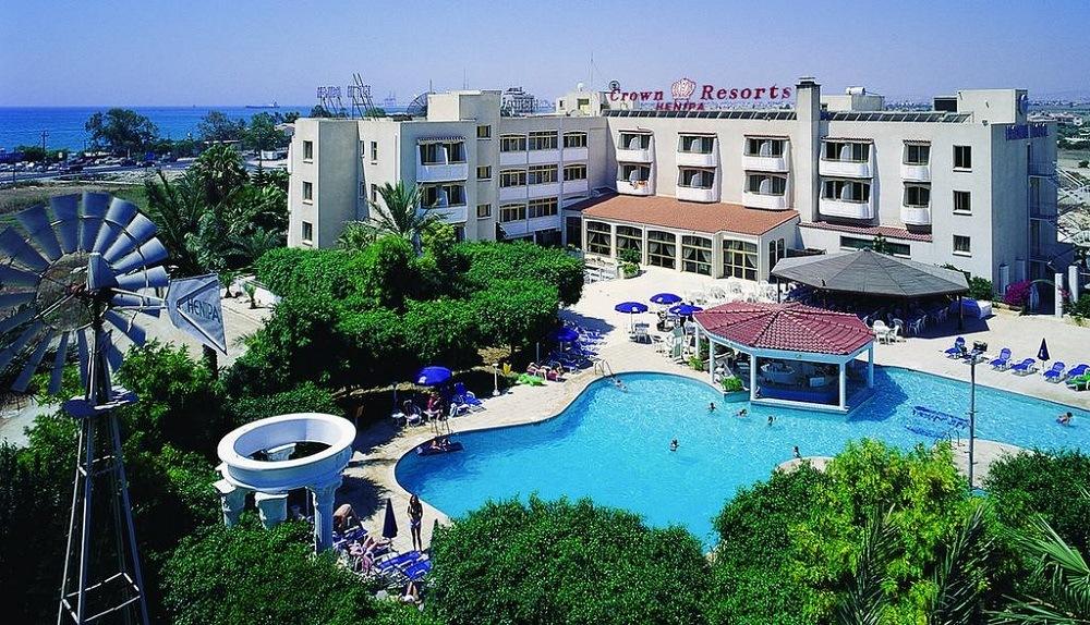 Crown Resorts Henipa Ларнака