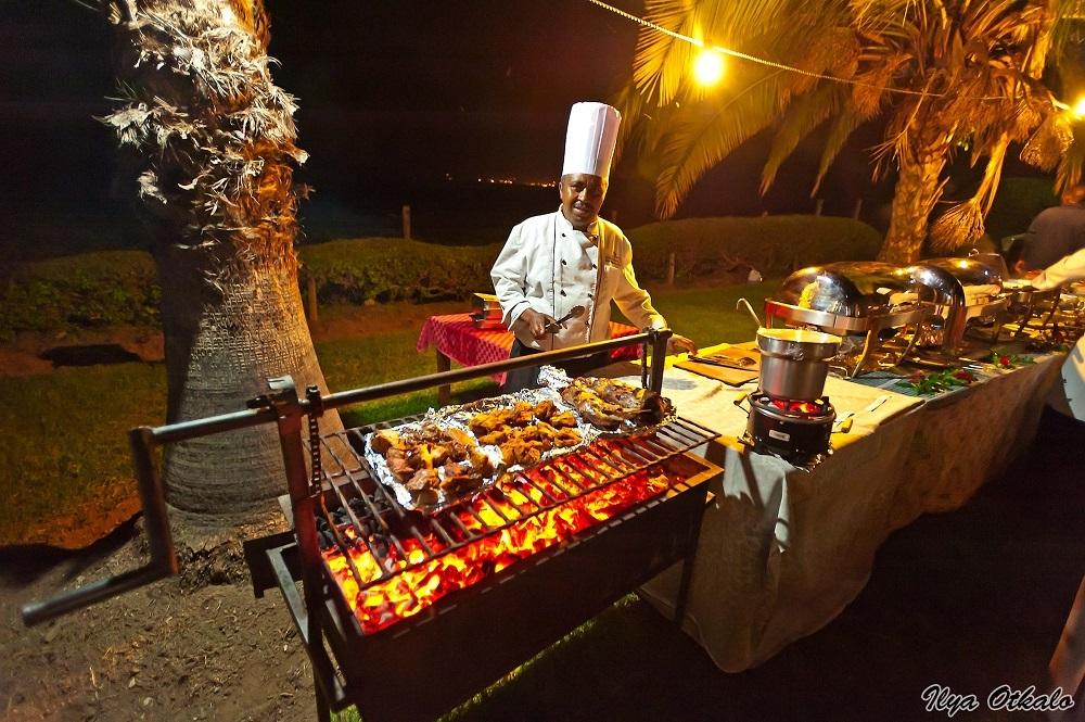 Уличное кафе в Кении