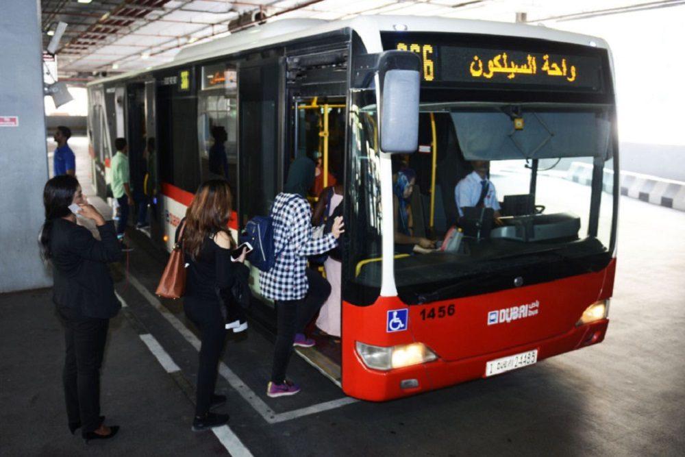 транспорт Дубая