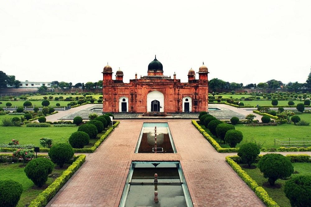 Крепость Лалбагх расположена в Дакке