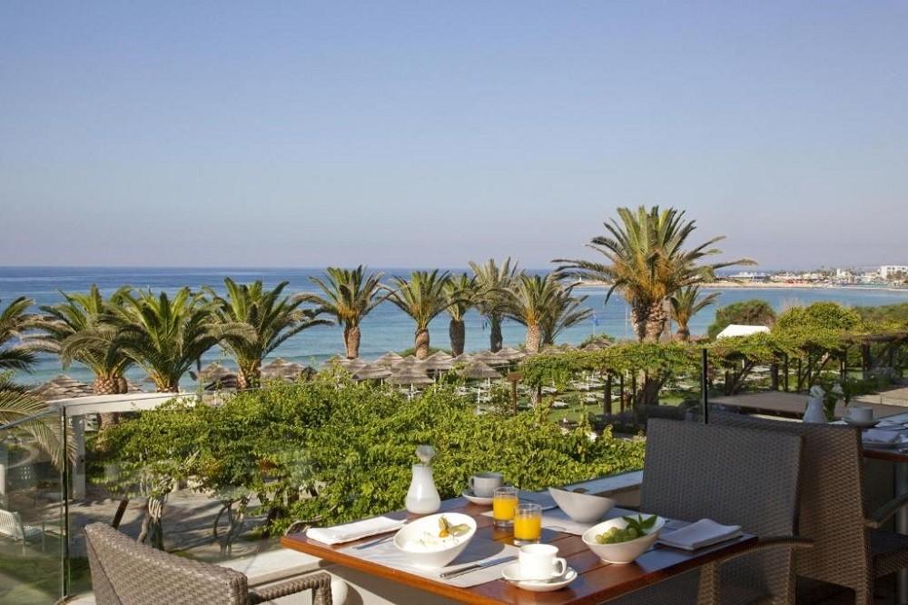 Alion Beach Hotel 5