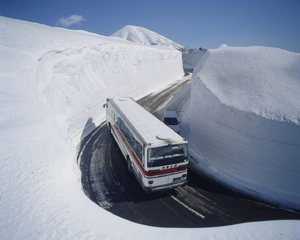 Снежная дорога Аомори