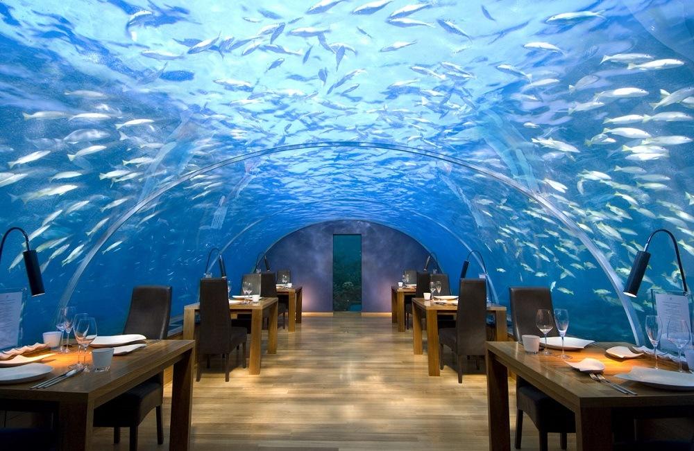 Inside Ithaa restaurant