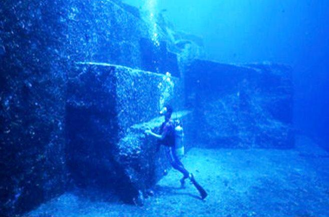 Подводный город Йонагуни или дайвинг у японских островов