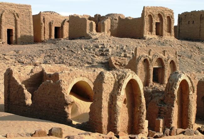 В окружении Ливийской пустыни  город Файюм 2