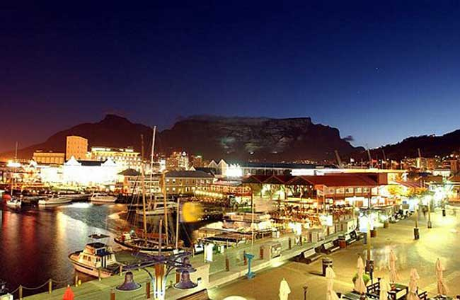 Cape-Town-in-South-Africa Night-view 2079