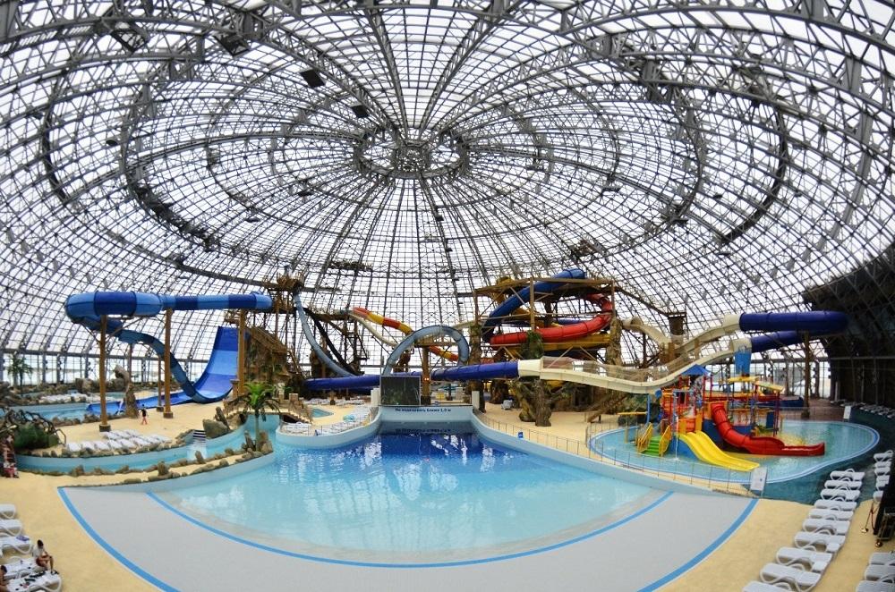 Крупнейший аквапарк России