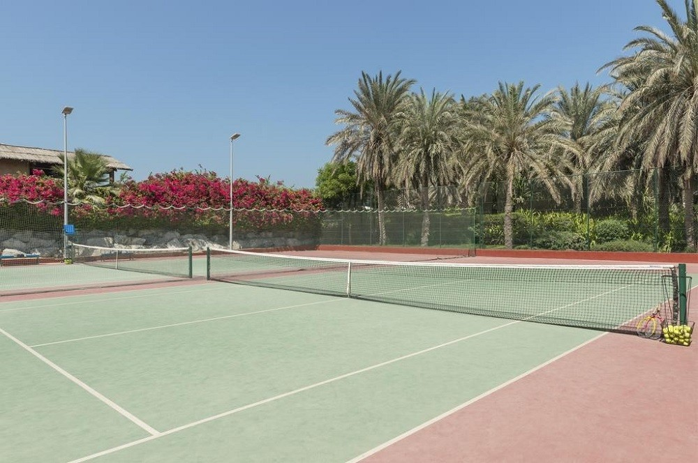 Теннисный корт ОАЭ
