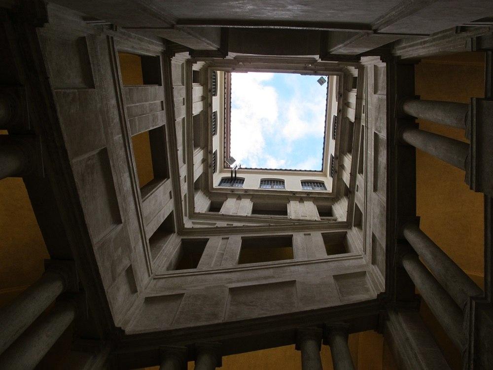 Лестница Борромини