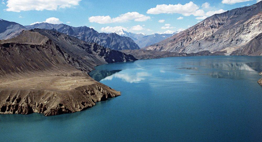 Озеро Сарез