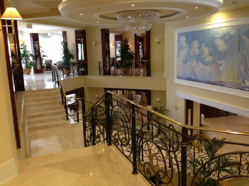Мистраль отель