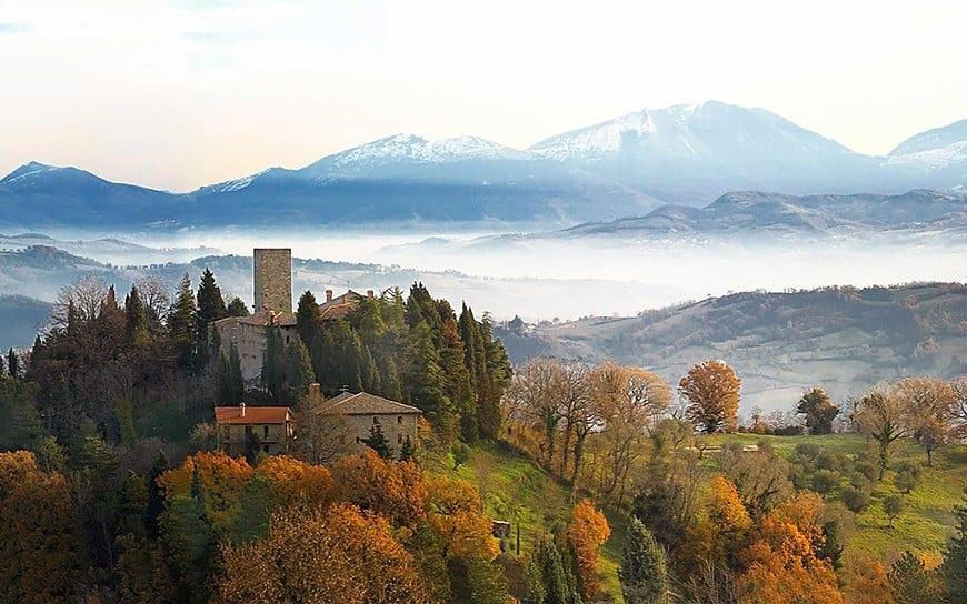 Castello-di-Petroia