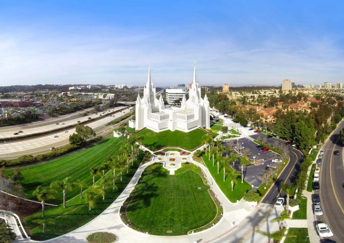 Temple of Mormon San Diego and other American sights 3