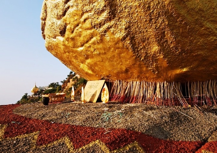 The Golden Stone 3