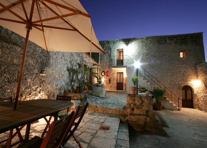 Что лучше отели Италии или апартаменты 3