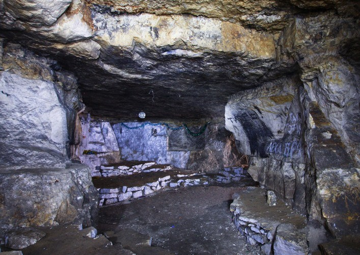 Caves of Siany 3