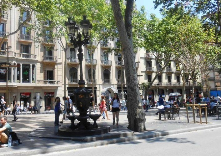 Fountain of Canaletes 2