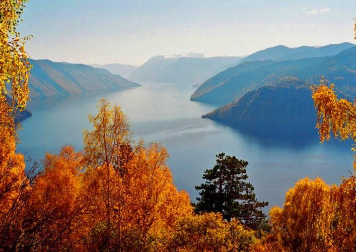 Teletskoye Lake 4