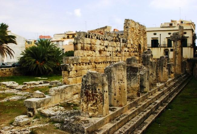 Tourist jewel of Lebanon is the city of Sidon 2