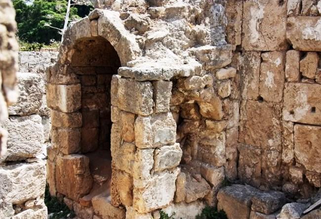 Tourist jewel of Lebanon is the city of Sidon 5