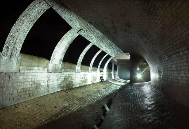 1475.ам. Лондонское подземелье 4