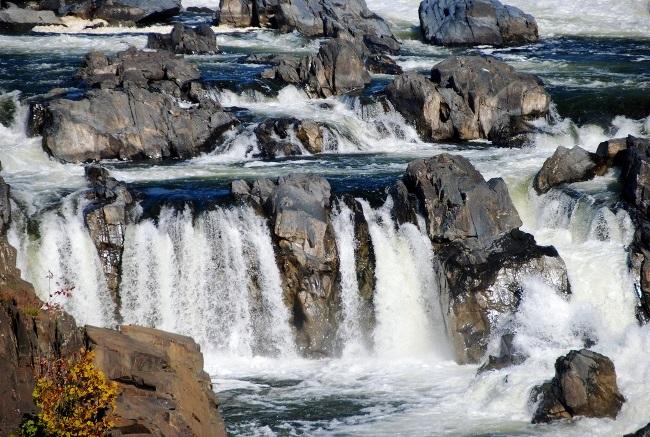 Водопады Потомак – величайшие на всем Восточном полушарии