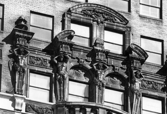 Детройт, небоскреб пенсионного возраста – высотка Book Tower