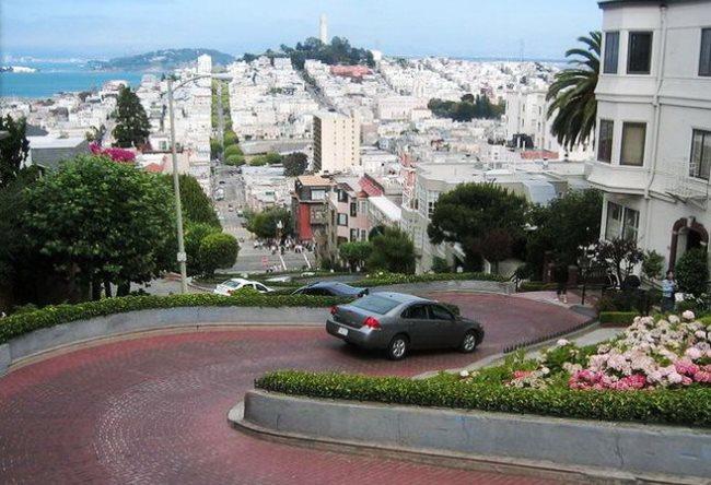 Улица-зигзаг в Сан-Франциско 3