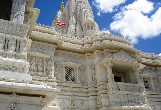 Канадский храм Шри Сваминараян Мандир 4