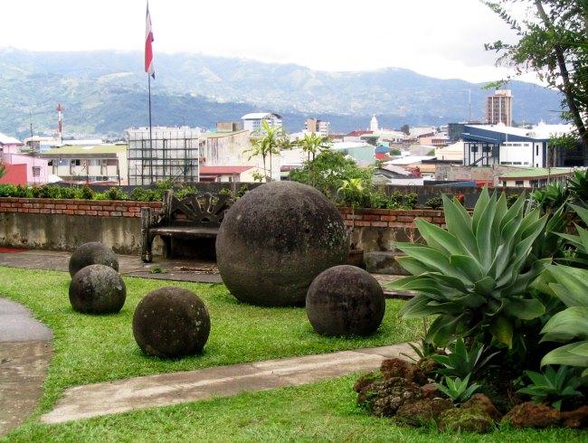 Каменные шары Сан-Хосе 3