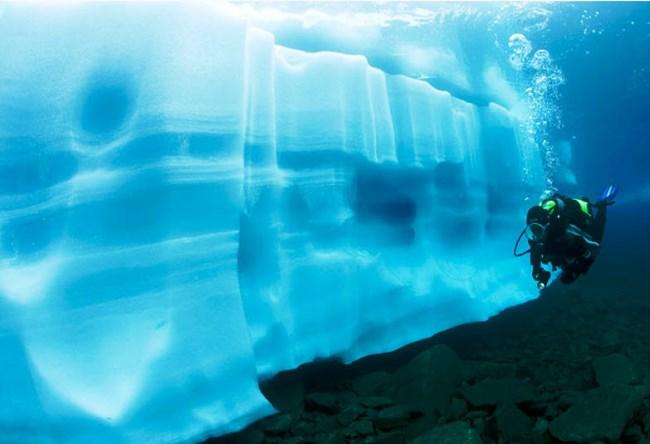 Underwater Mendenhall Glacier in Alaska 5