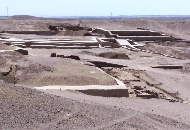 Cult center of Nazca - Cahuachi settlement 3