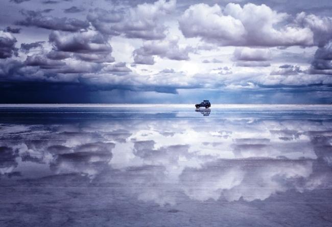 Salty desert Salar de Uyuni 4