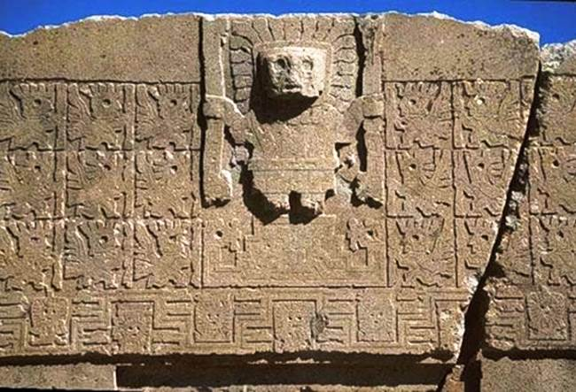 The city of Tiwanaku on the border of Peru 2