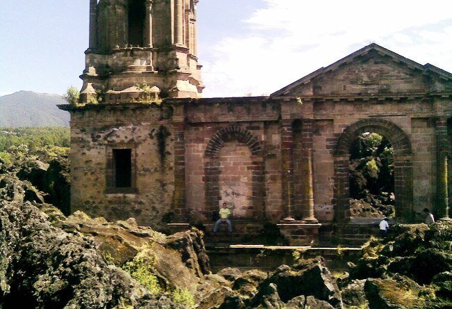 Church of San Juan Parangaricutiro destroyed by the volcano Paricutin 2