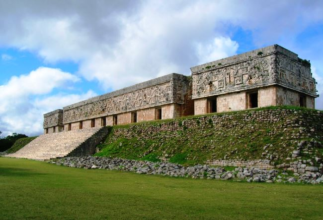 House turtles and Convent in the city of Uxmal Mayan 3