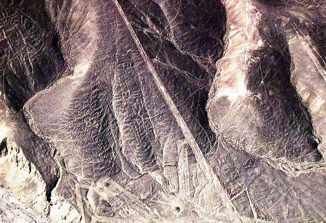 Plateau Palpa geoglyphs more distinct than in Nazca 3