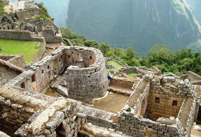 Abandoned paradise Machu Picchu 2