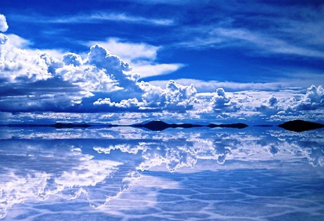 Salt mirror Salar de Uyuni 5