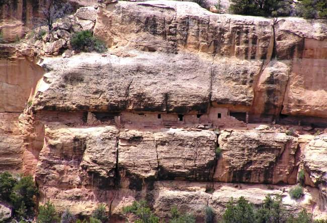 Ancient park Mesa Verde 2
