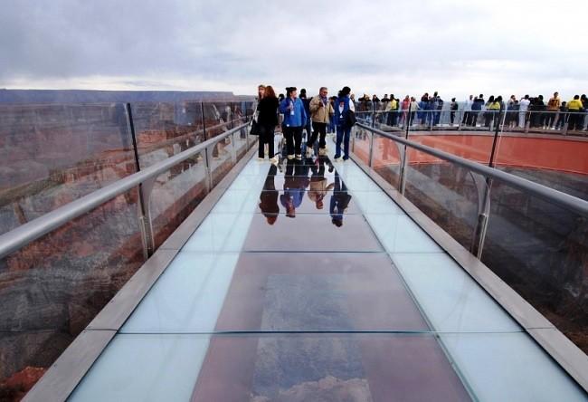 Heavenly walk or Skywalk observation platform 3