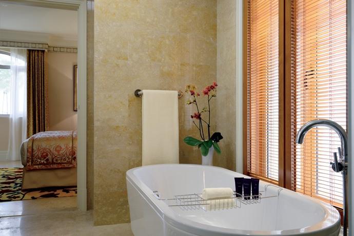 Hotel The Ritz-Carlton Abu Dhabi 2