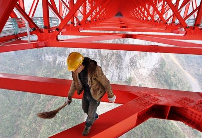 Мост Айчжай  самый длинный подвесной мост в мире 2