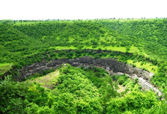 Пещерный буддийский комплекс Аджанта 3